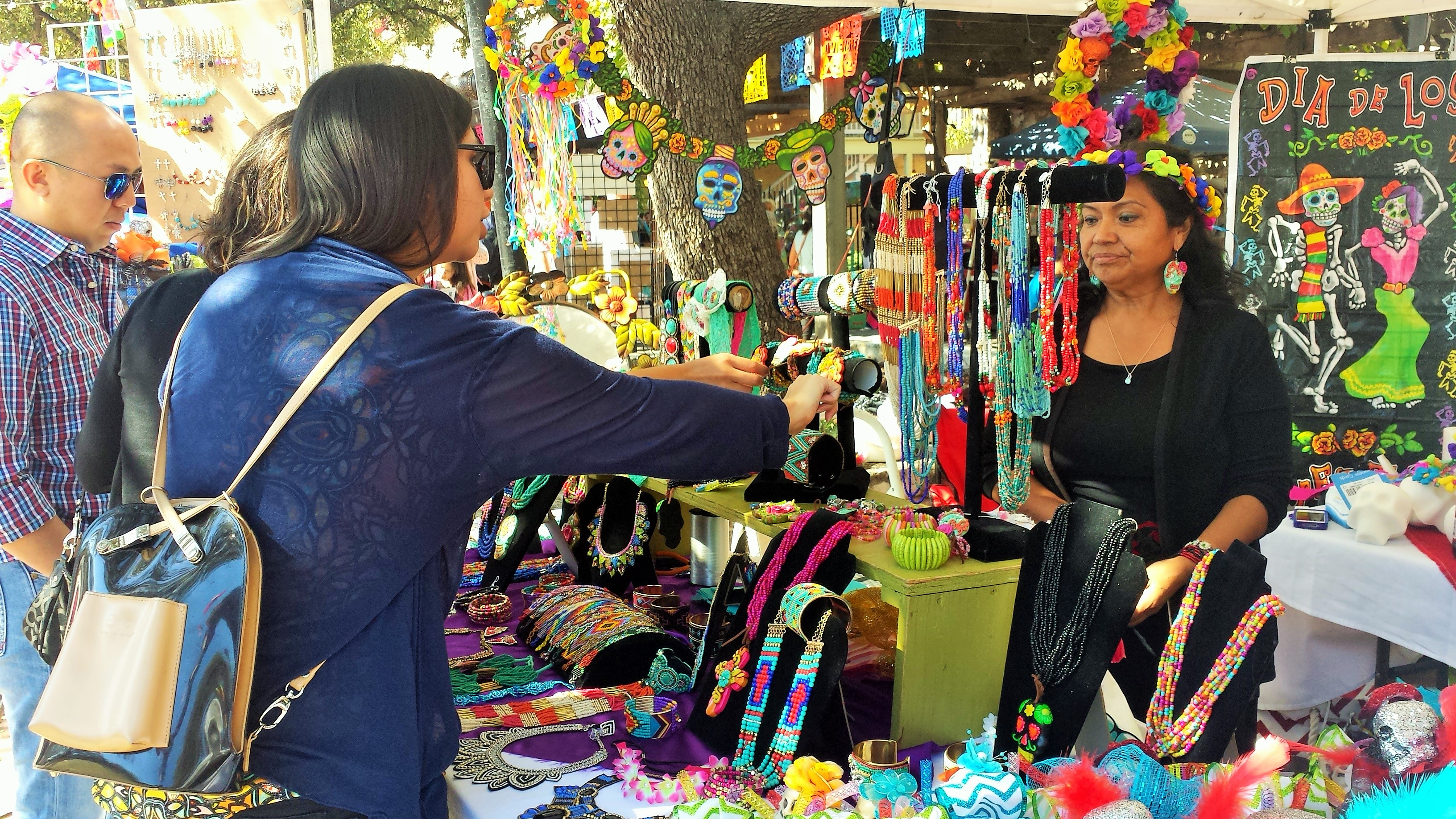 day of the dead essay day of the dead in latin america honors loved ones photos